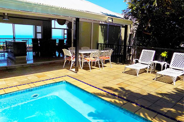 Beachhaven Villa: Terrace with View to Indian Ocean.